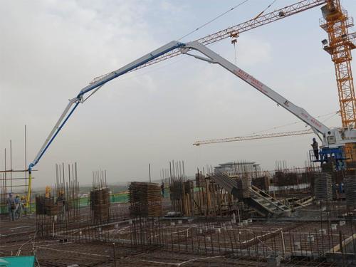 論混凝土機械行業加速產品結構調整